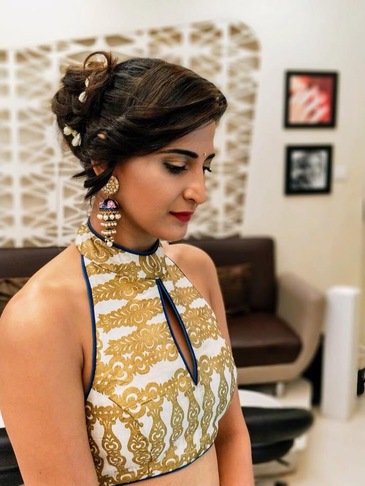 Aahana Kumra Latest Hair Style Images