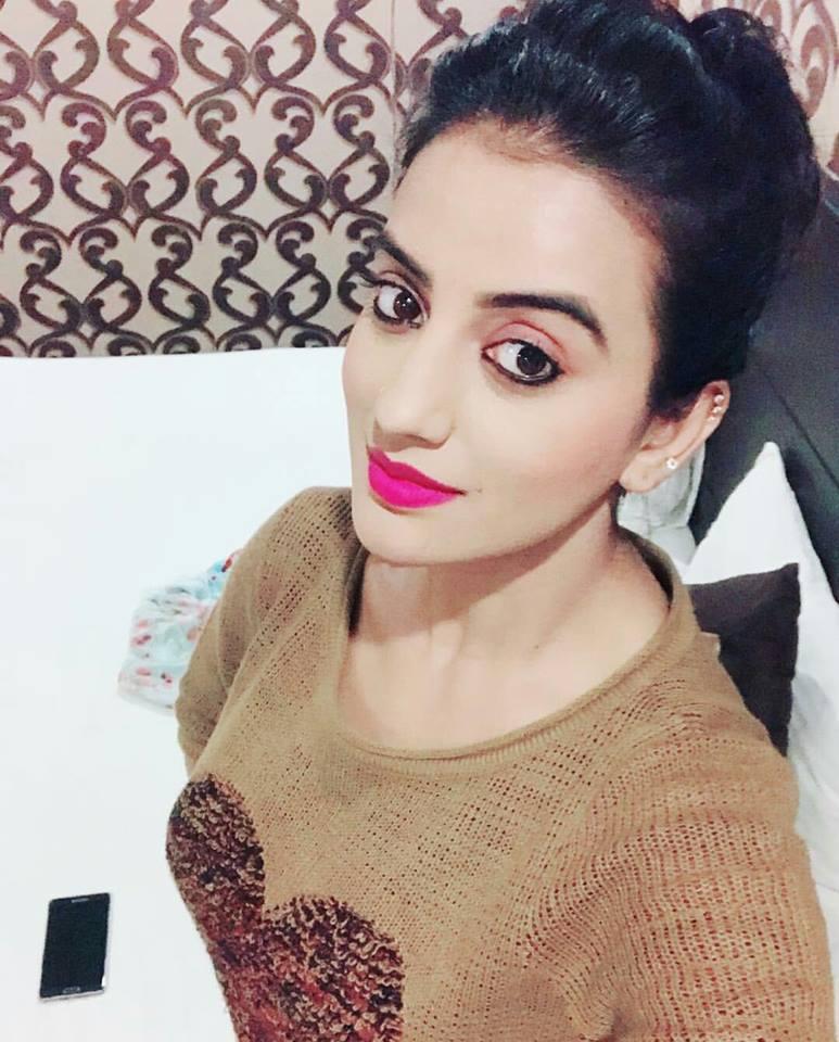 Akshara Singh HD Sexy Pics