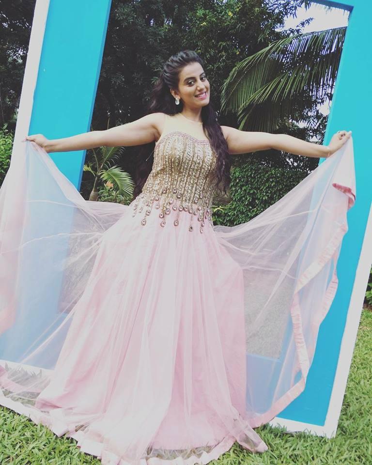 Akshara Singh Hot Pics