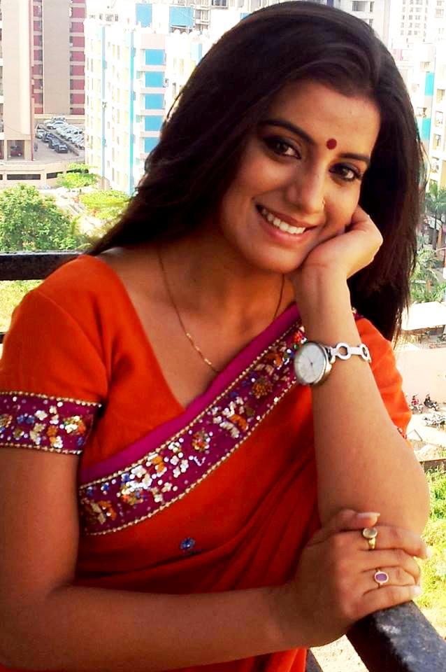 Akshara Singh Photos