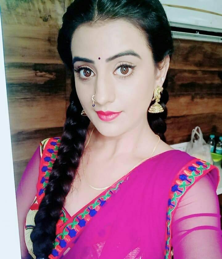Akshara Singh Pictures