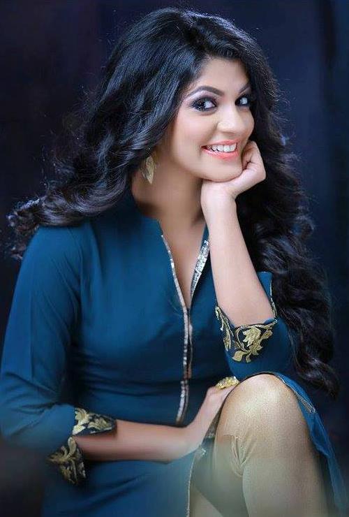 Aparna Balamurali Cute Smile Pics
