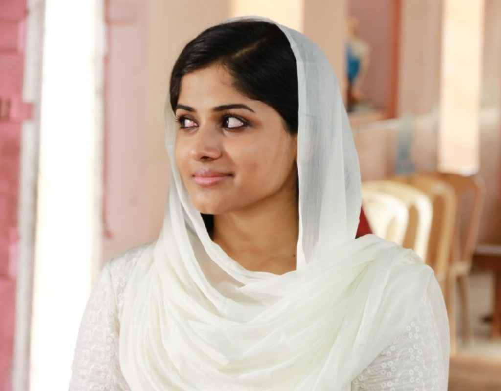 Chandini Sreedharan Sexy Eyes Pics