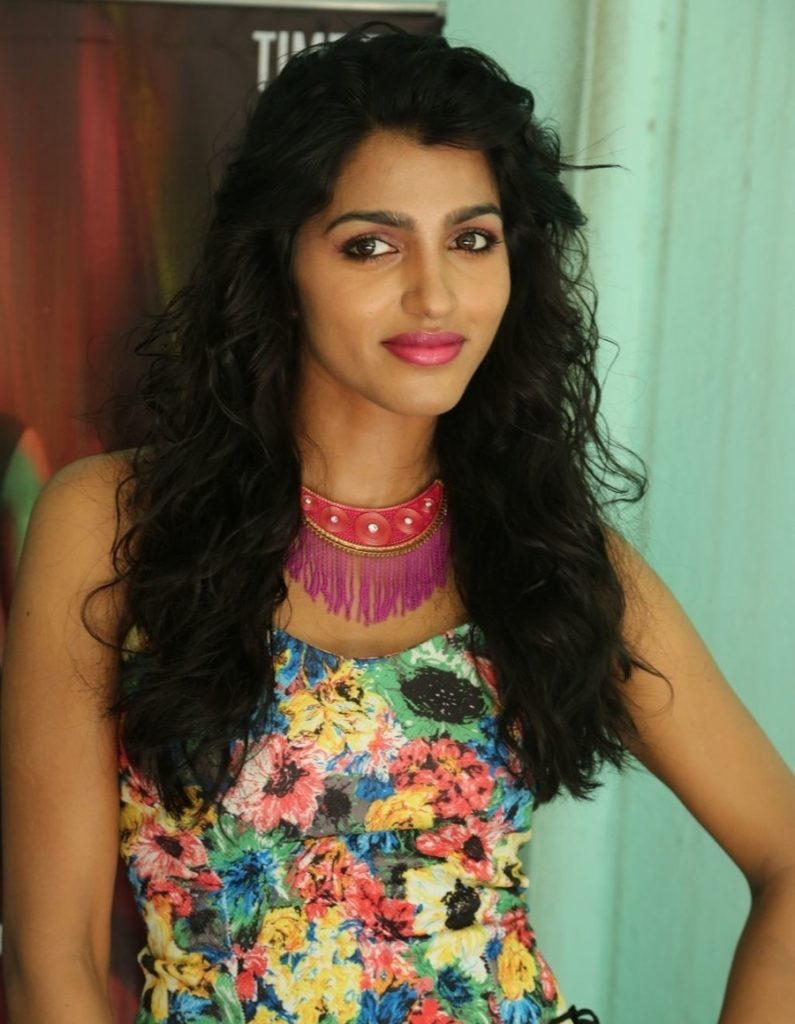 Dhansika Images