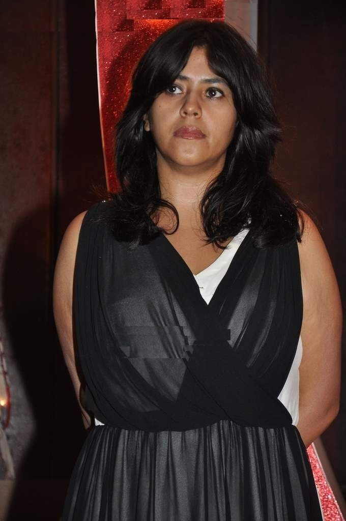 Ekta Kapoor Hot Bikini Beach Photos Saree Serials Images-5955