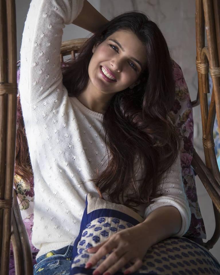 Ihana Dhillon New Hair Style Photos