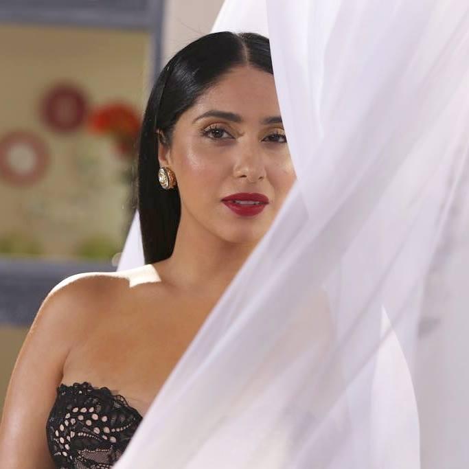 Neha Bhasin Sexy Lips Photos