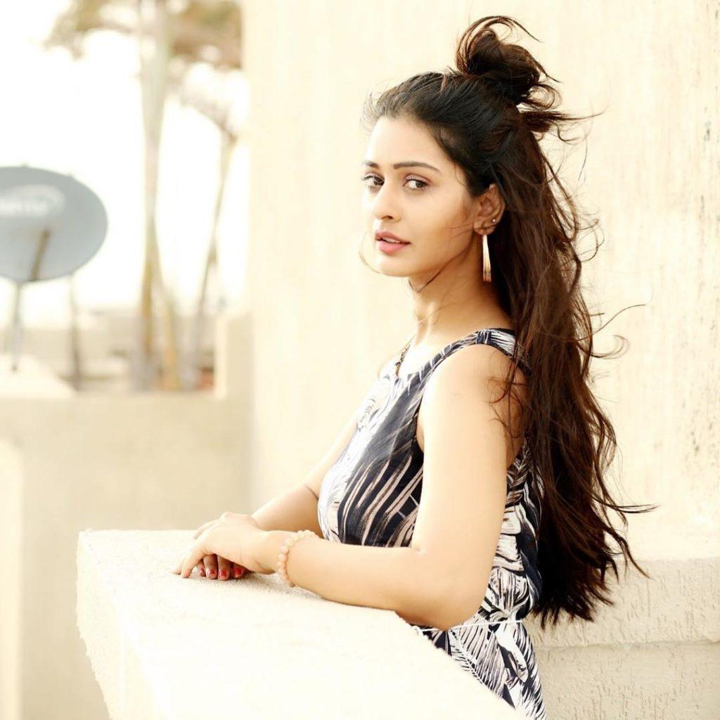 Payal Rajput New Hair Style Photos