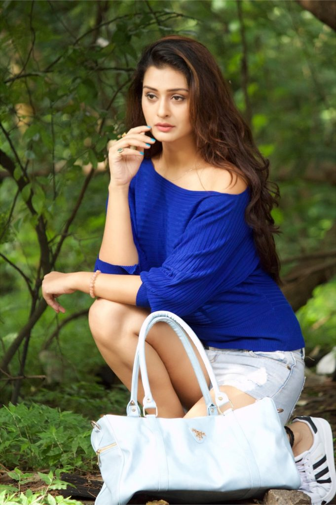 Payal Rajput Sexy Legs Pics In Shorts