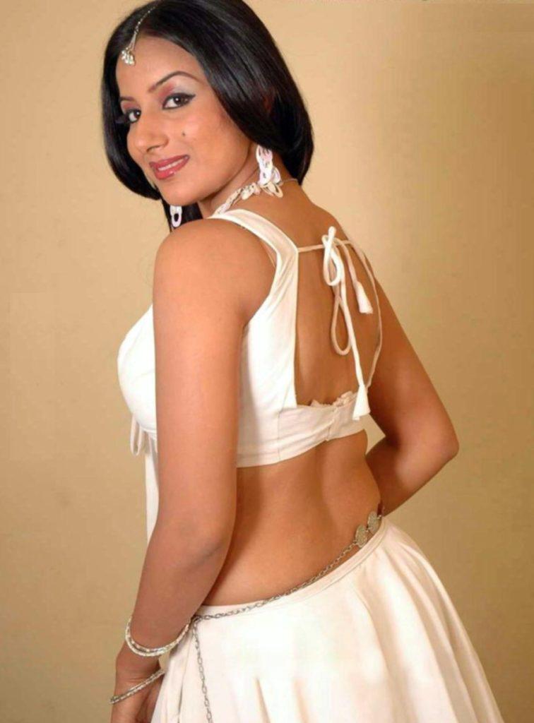 Pooja Gandhi In Backless Saree Bold Photos