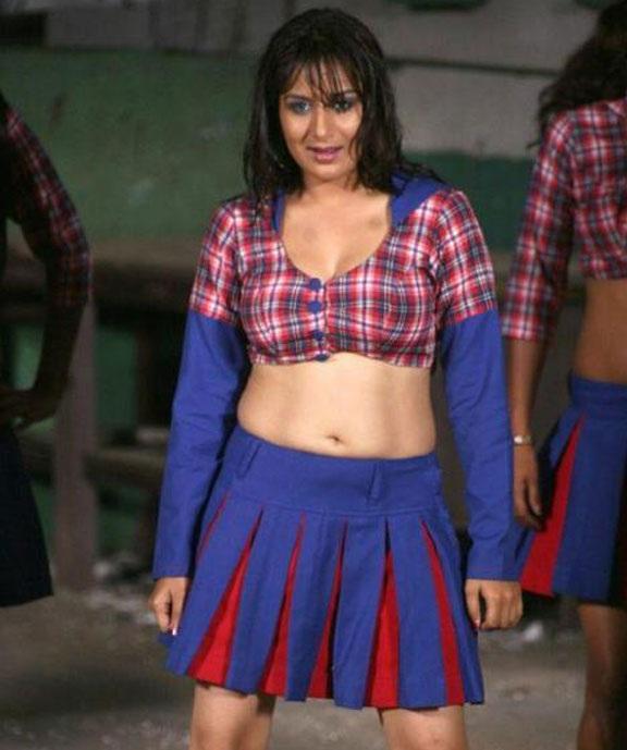 Pooja Gandhi Sexy Legs Pics Gallery
