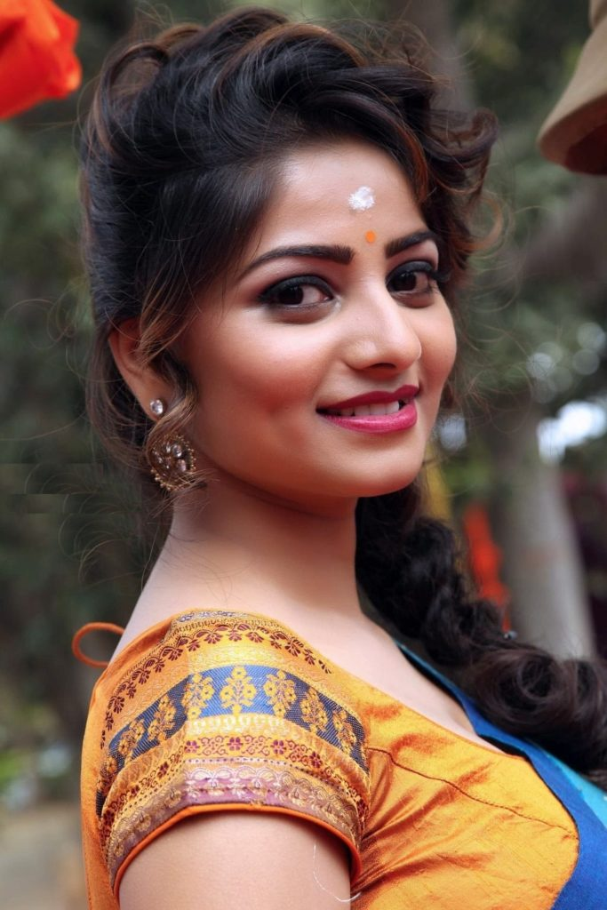 Rachita Ram Cute Images Download