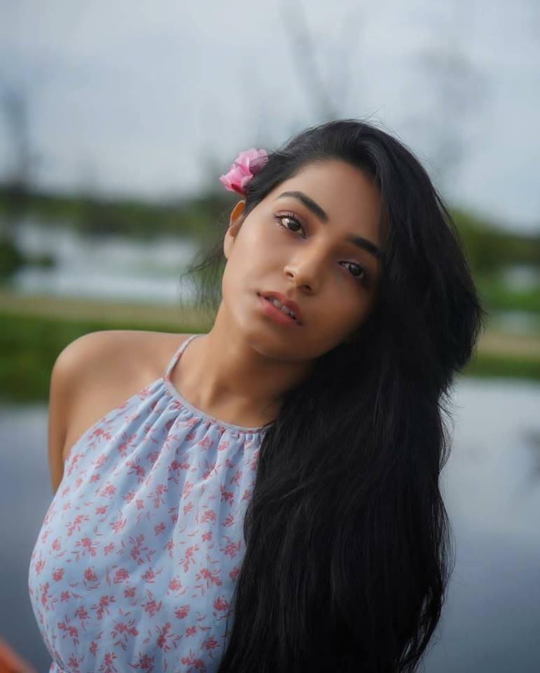 Rajisha Vijayan Bold Pics
