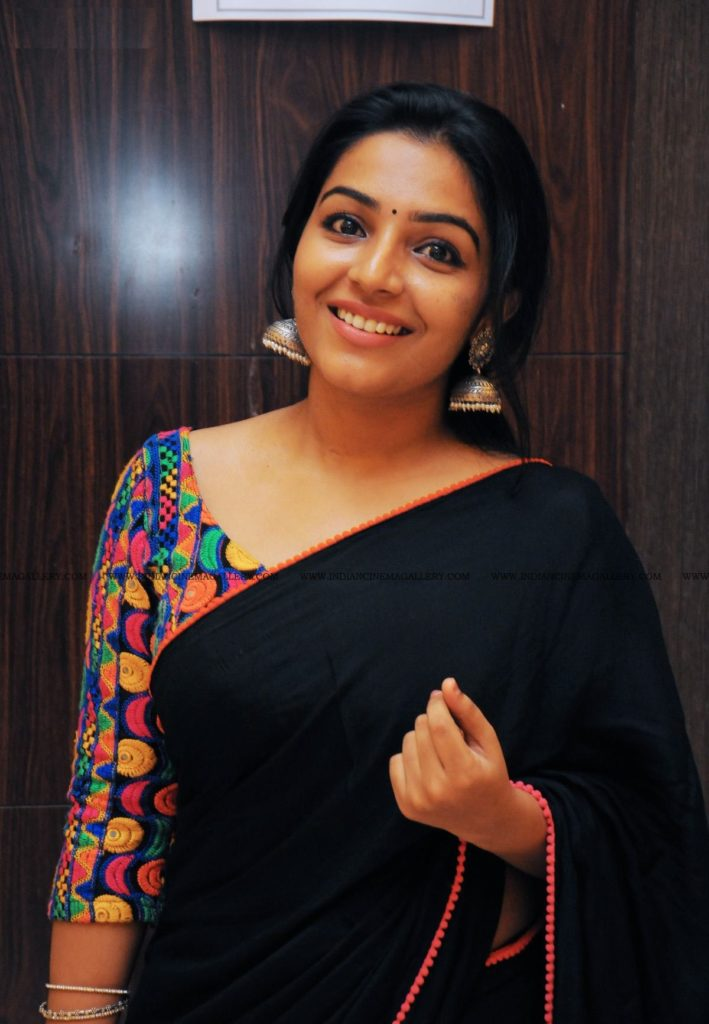 Rajisha Vijayan Cute Smile Photos