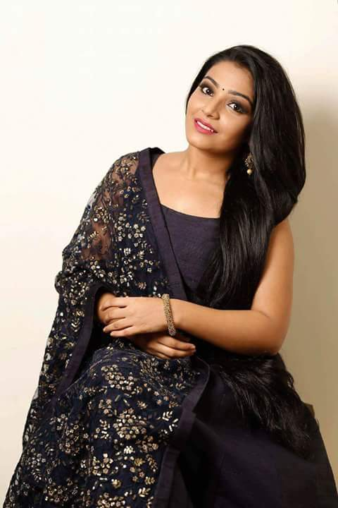 Rajisha Vijayan HD Sexy Pictures Gallery