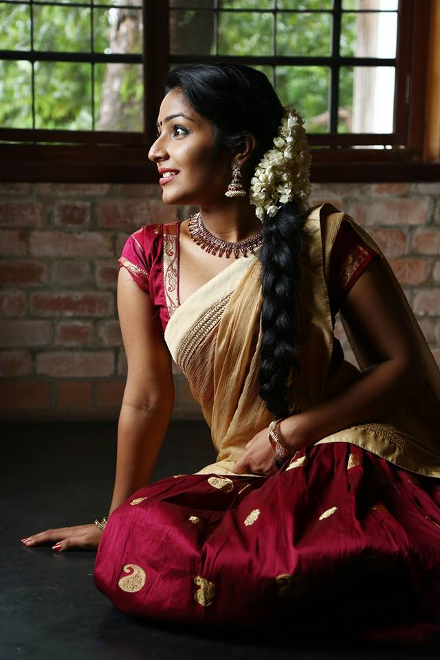Rajisha Vijayan In Saree Photoshoot
