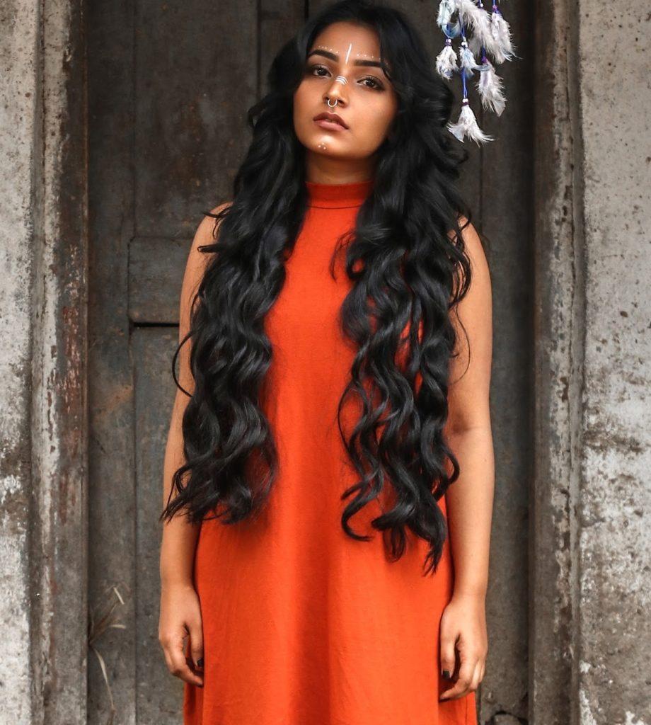Rajisha Vijayan Very Sexy Pics Gallery