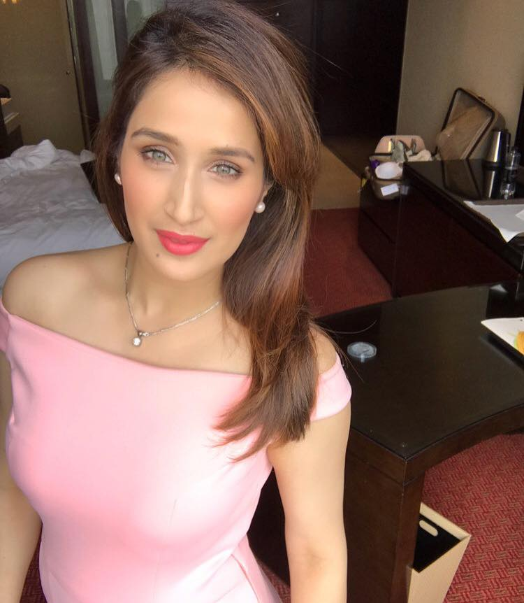 Sagarika Ghatge HD Images Gallery