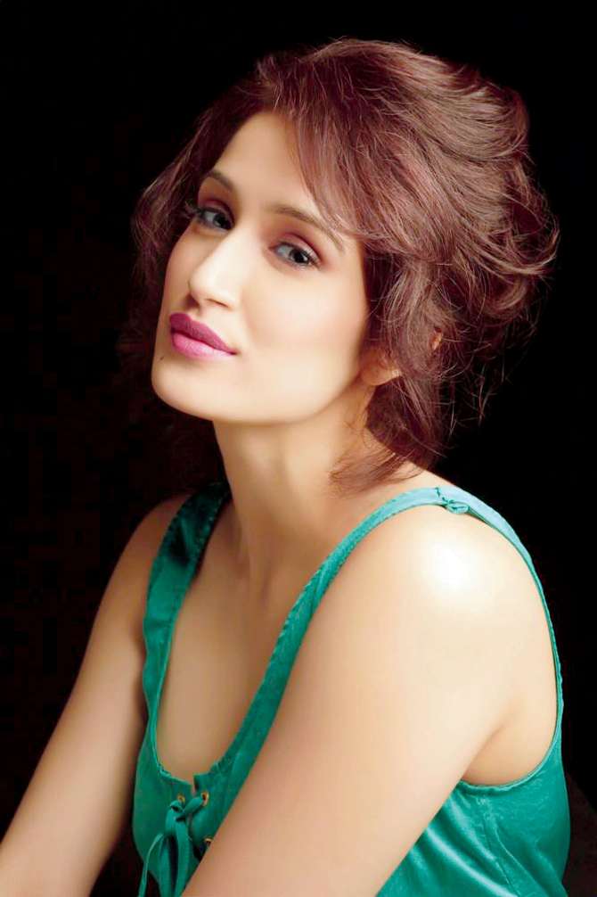 Sagarika Ghatge Hot And Sexy Photoshoot
