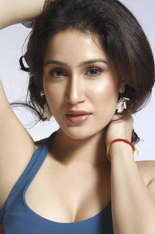 Sagarika Ghatge Latest Hair Style Images