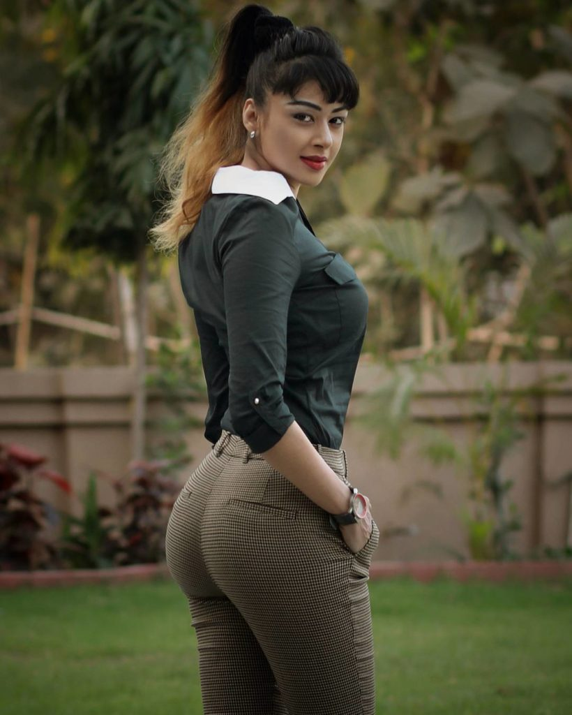 Sapna Vyas Patel In Jeans Top Images