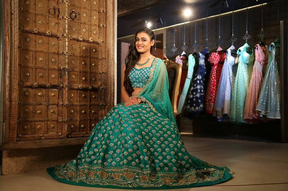 Shalini Pandey In Green Color Clothes Photos