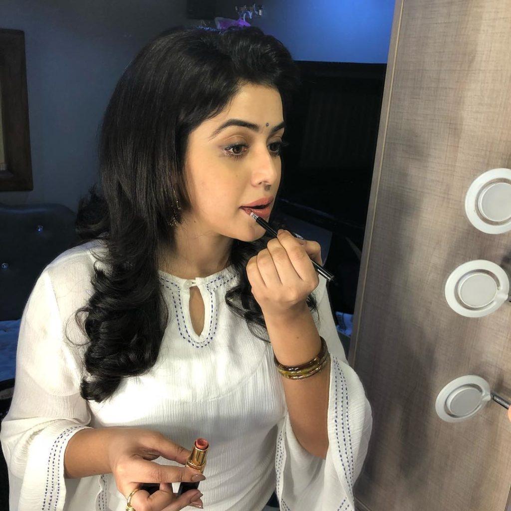 Shamna Kasim Bold Images
