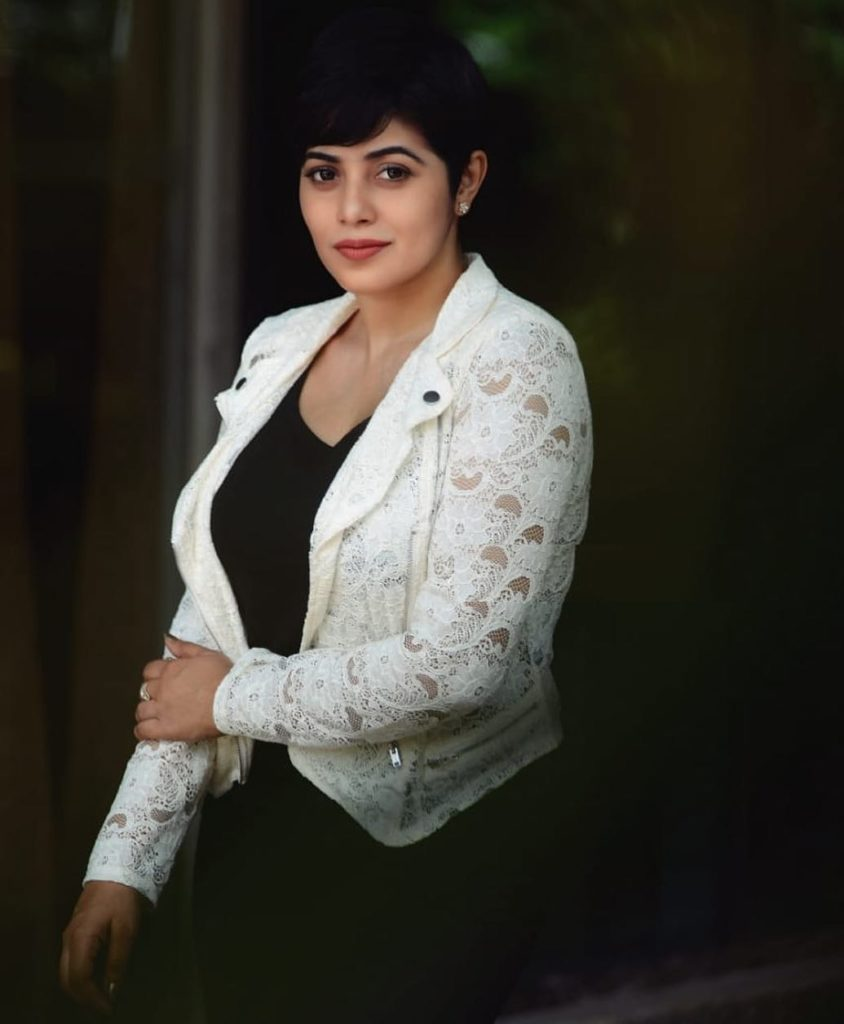 Shamna Kasim Hot Images