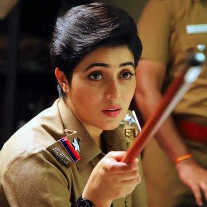 Shamna Kasim In Police Clothes