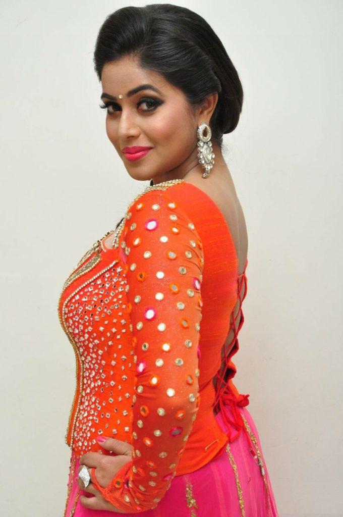 Shamna Kasim New Hair Style Photos