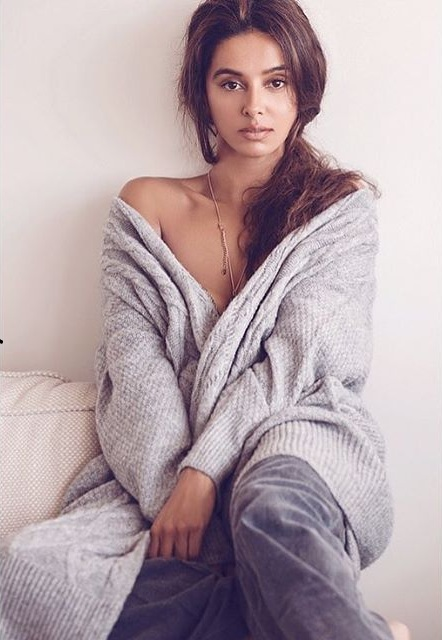 Shibani Dandekar New Images Photoshoot