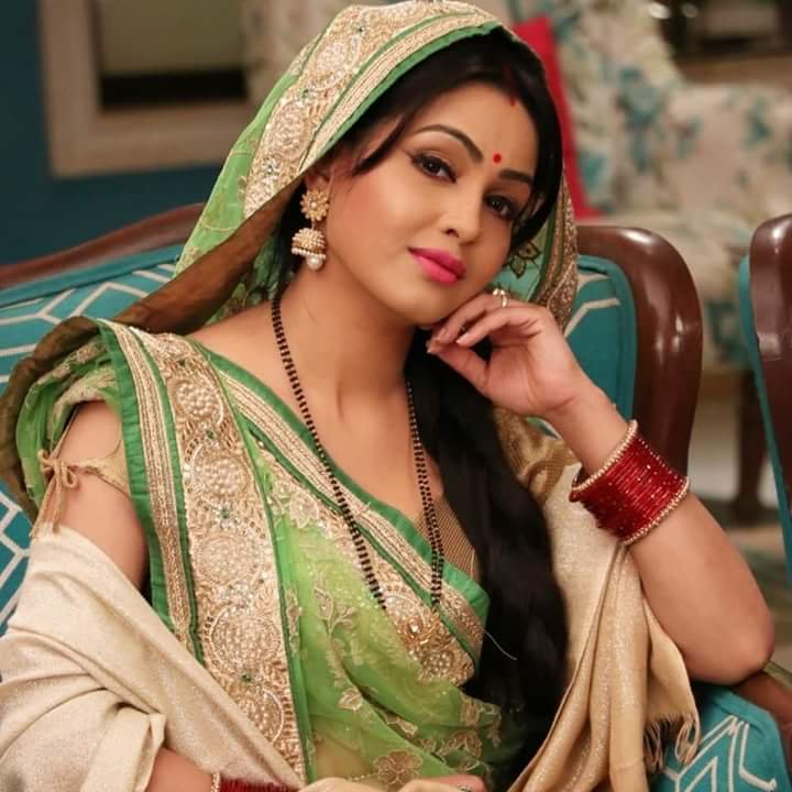 Shubhangi Atre In Saree Full HD Images