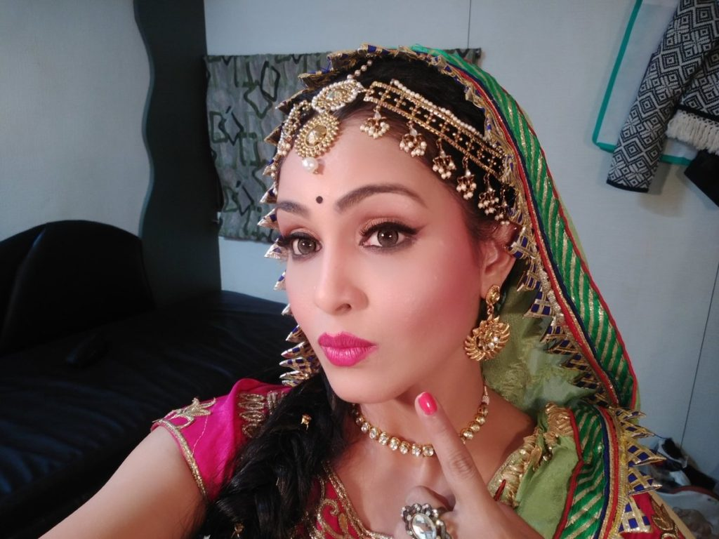 Shubhangi Atre Sexy Serial Look Photos