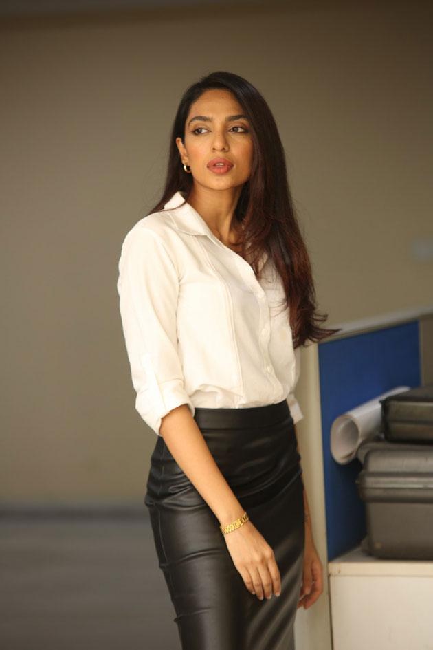 Sobhita Dhulipala Hot