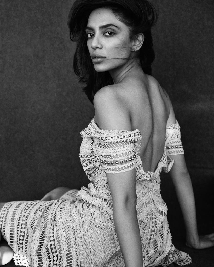 Sobhita Dhulipala In Backless Clothes Photos