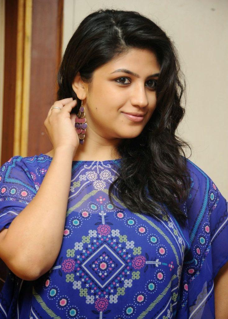 Supriya Aysola Cute Pics