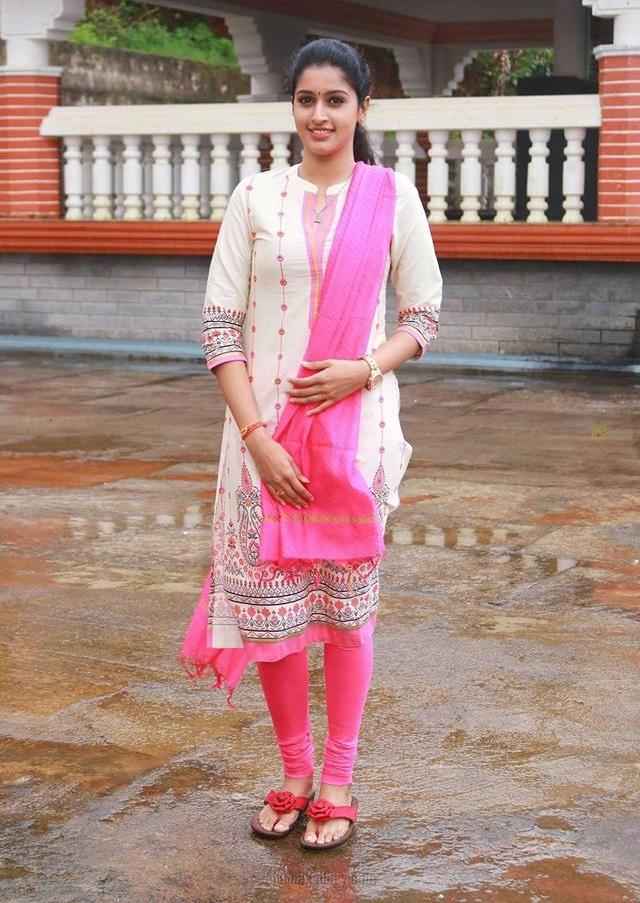 Tanya Ravichandran In Salwar Suit Photos
