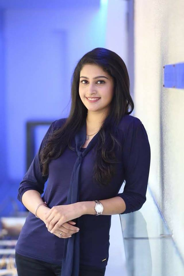 Tanya Ravichandran New Pics