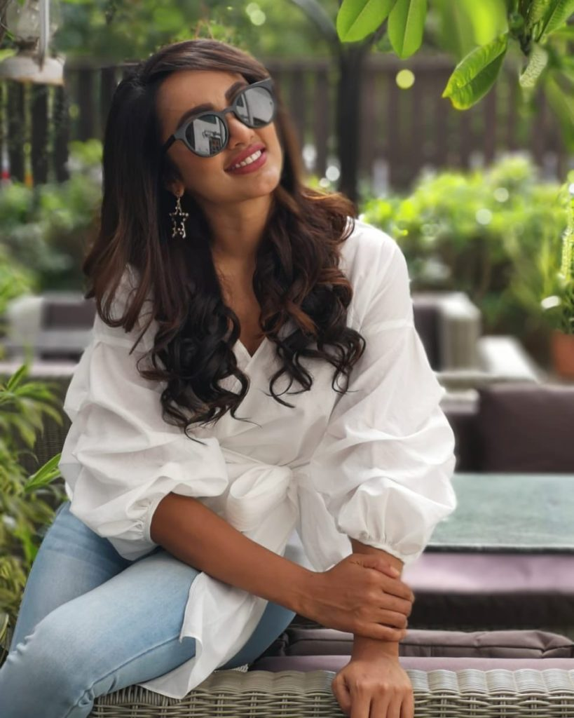 Tejaswi Madivada In Jeans Top Images
