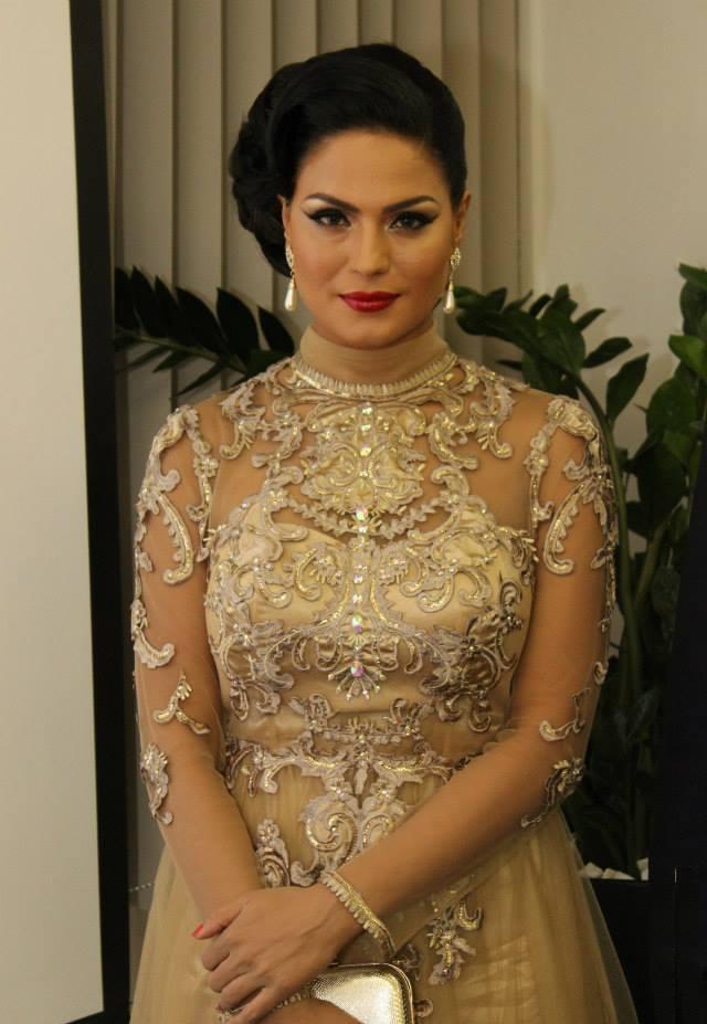 Veena Malik HD Sexy Pics Download
