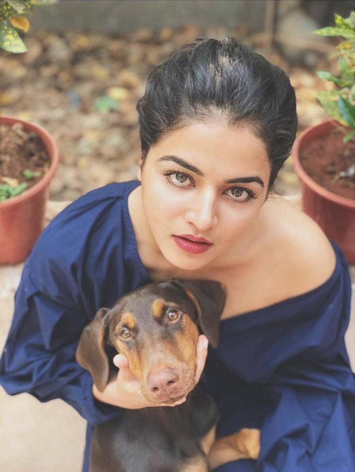 Wamiqa Gabbi New Pics With Puppy