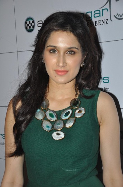 Zaheer Khan's Wife Sagarika Ghatge Hot Images