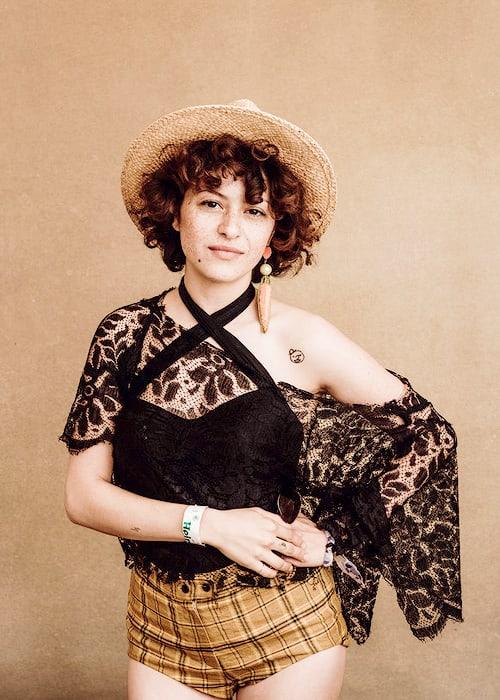Alia Shawkat Undergarments Images