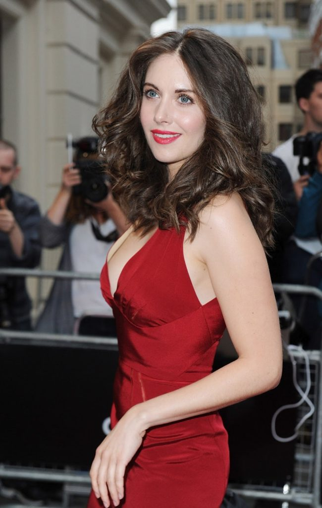 Alison Brie Makeup Wallpapers