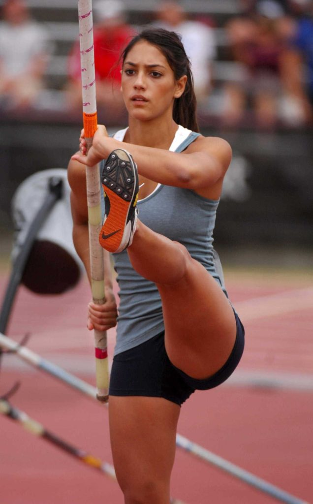 Allison Stokke Legs Photos