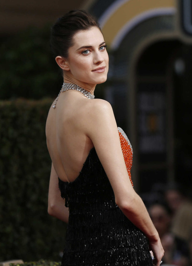 Allison Williams Backless Photos