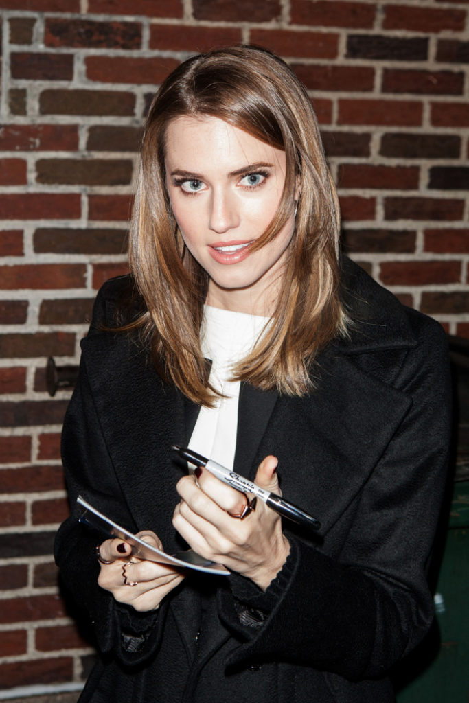 Allison Williams Young Pictures