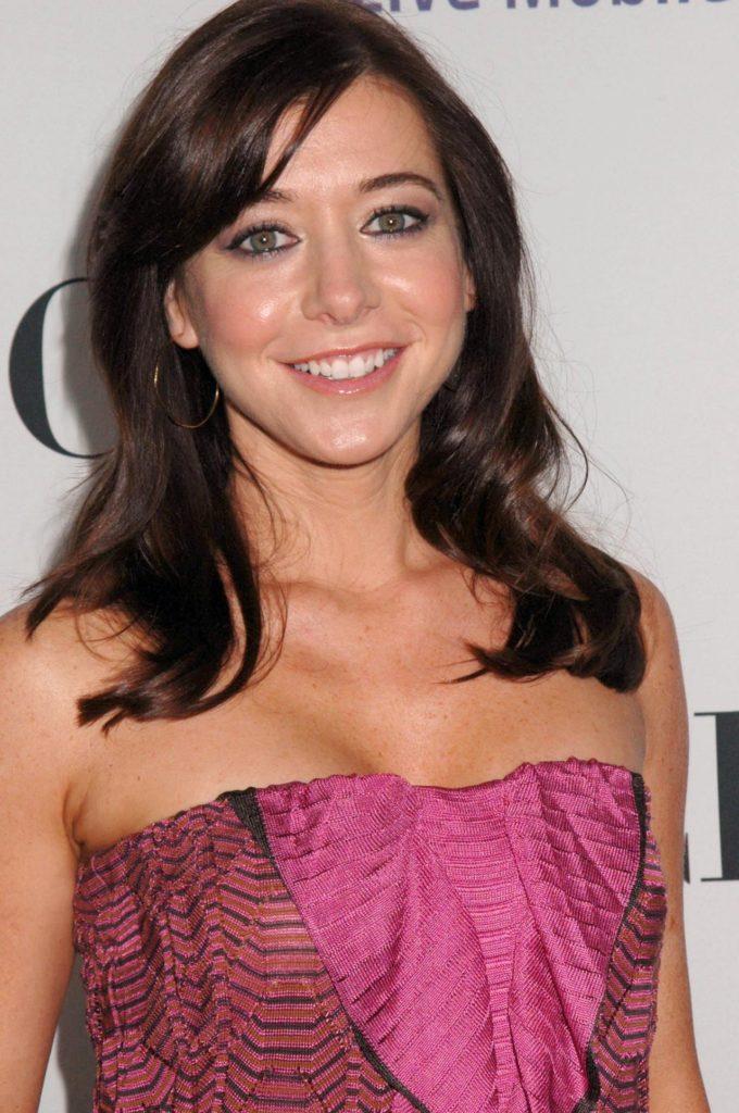 Alyson Hannigan Smile Face Images