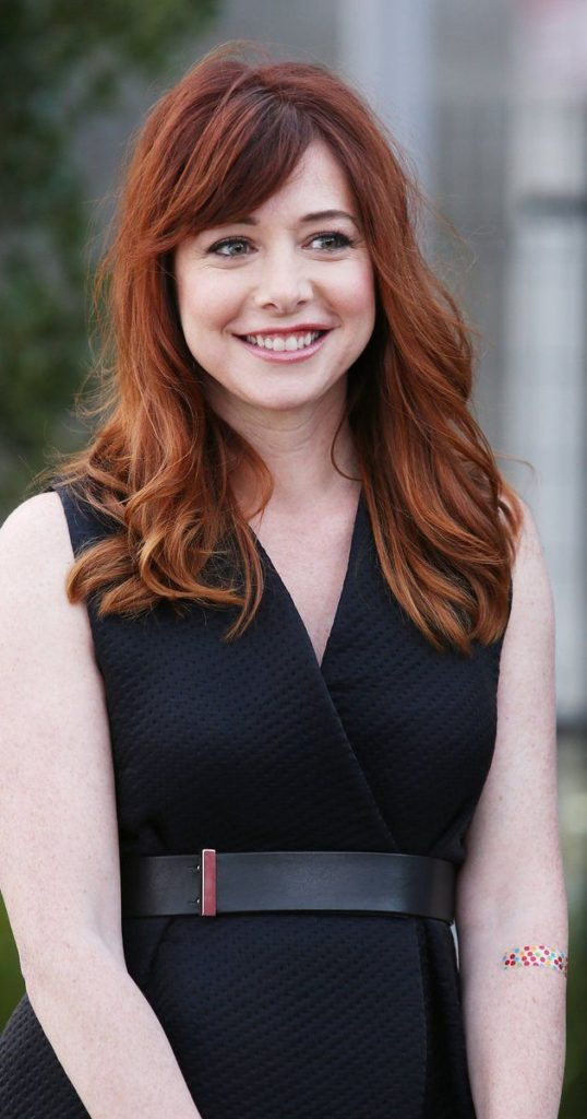 Alyson Hannigan Smile Face Pics