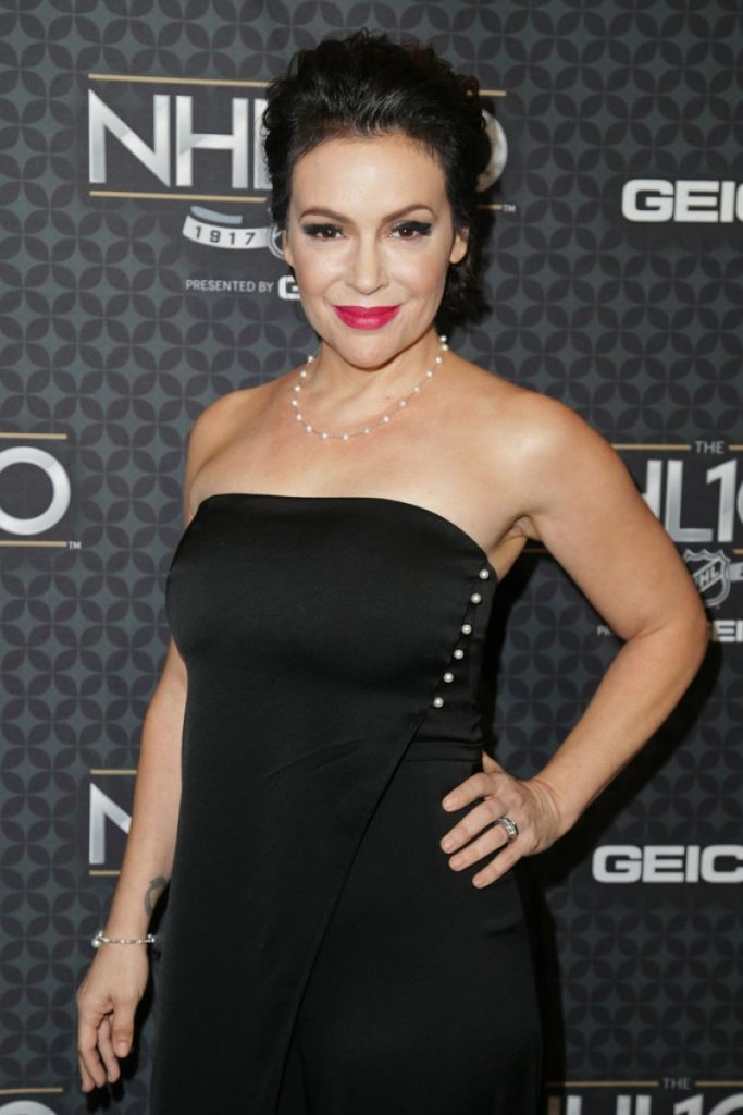 Alyssa Milano Braless Images